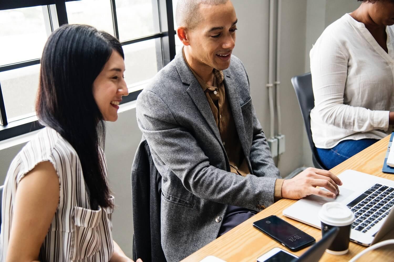 Pośrednictwo pracy – czym jest i dlaczego warto z niego skorzystać?