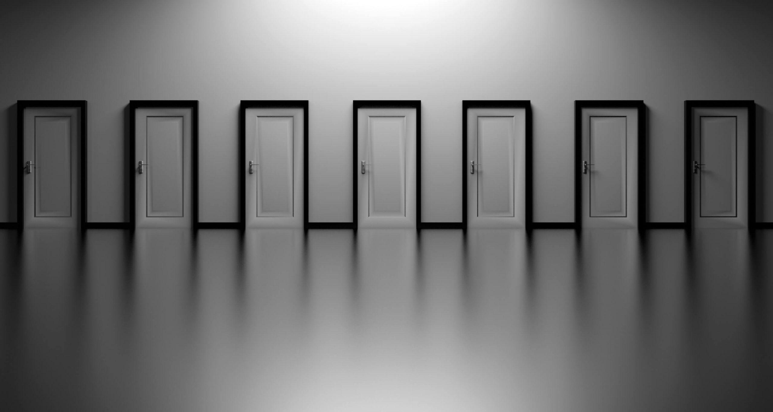 Jak zrobić drzwi przesuwne? To nie takie trudne!